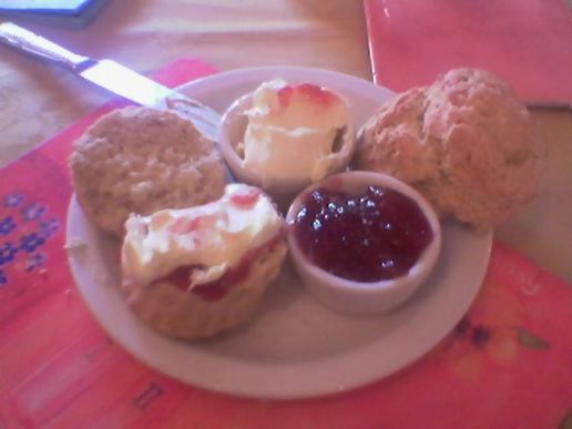 An actual cream tea in cornwall.
