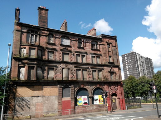 162 Gorbals Street.seemingly no money available in this town for  refurb works.