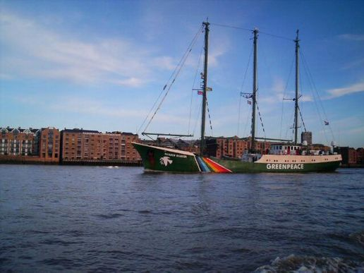 rainbow warrior, on the thames