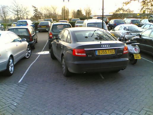 lets hope he dont drive like he parks!