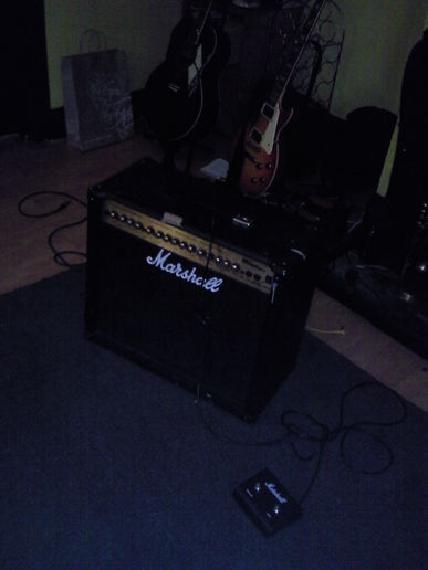 New Toy - Marshall Amp DFX 100