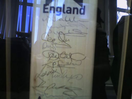 Signed England Cricket Bat